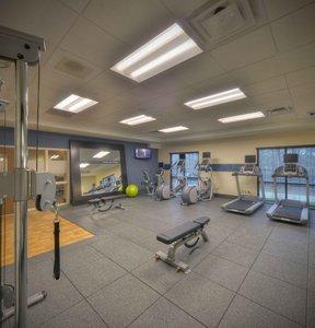 Fitness/ Exercise Room - Hampton Inn South Columbus