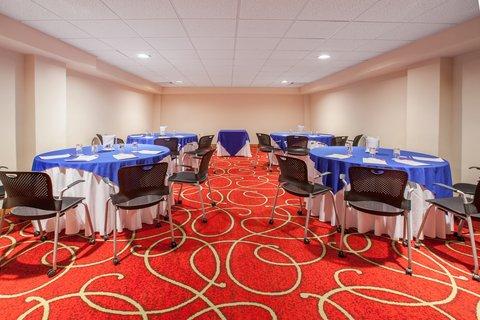 Crowne Plaza Tuxpan Hotel - Sala Tabucco