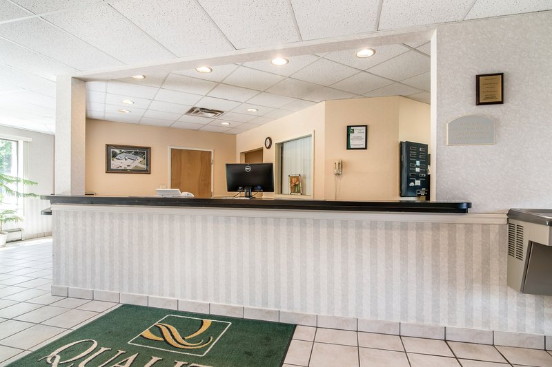La quinta inn anderson closed in anderson sc 29621 for A pet salon vestal ny