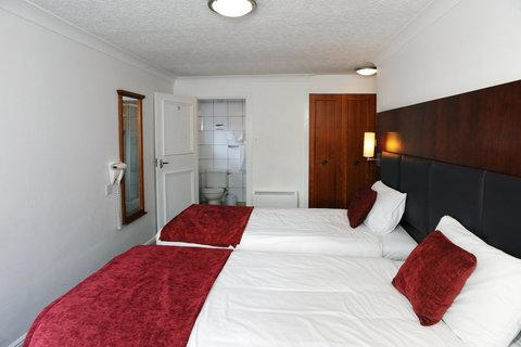 Darrington Hotel - Twin room