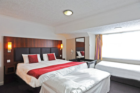 Darrington Hotel - Family Room Sleeps 4