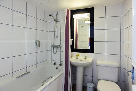 Darrington Hotel - Bathroom