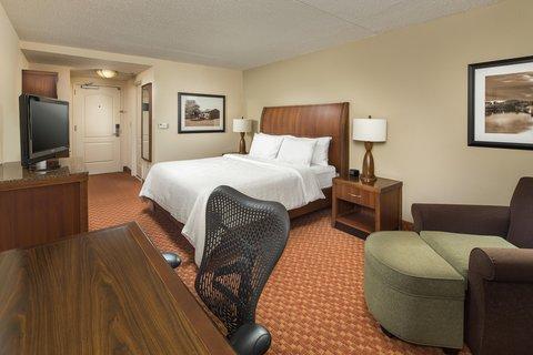 Hilton Garden Inn Chattanooga Hamilton Place - King Bed with Desk