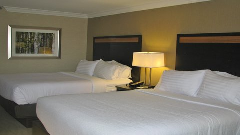 Holiday Inn CONCORD DOWNTOWN - Two Queen Beds - newly renovated room