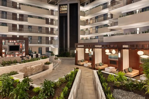 Embassy Suites Atlanta - Airport - Atrium