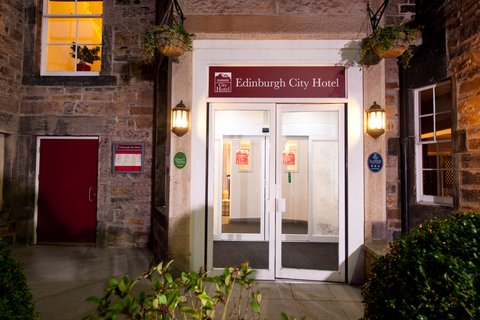 Edinburgh City Hotel - Exterior