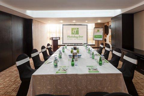 فندق هوليدي ان البرشا - Hold successful meetings natural daylight spaces