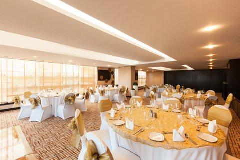 فندق هوليدي ان البرشا - Hold successful  meetings in our natural daylight meeting rooms