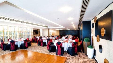 فندق هوليدي ان البرشا - Special events - Al Reem 1