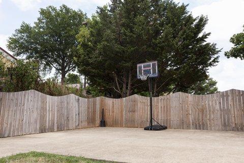 Homewood Suites Chattanooga - Basketball Court