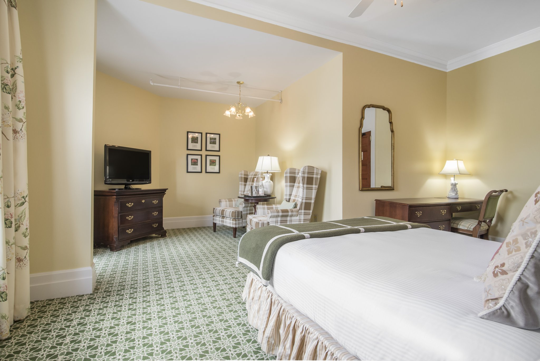 Omni Mount Washington Hotel Rooms