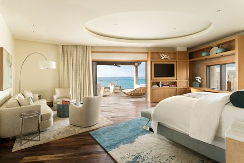 The Ritz-Carlton, Grand Cayman - Seven South Penthouse Master Bedroom