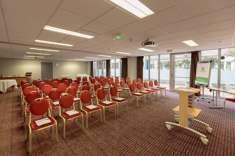 Holiday Inn Garden Court CLERMONT - FERRAND CENTRE - Meeting Room