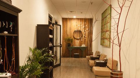 Holiday Inn Alexandria - Downtown - Body Tao Spa