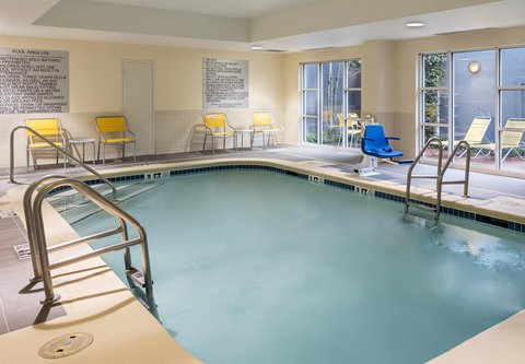 Fairfield Inn & Suites Atlanta Buckhead - Indoor Pool