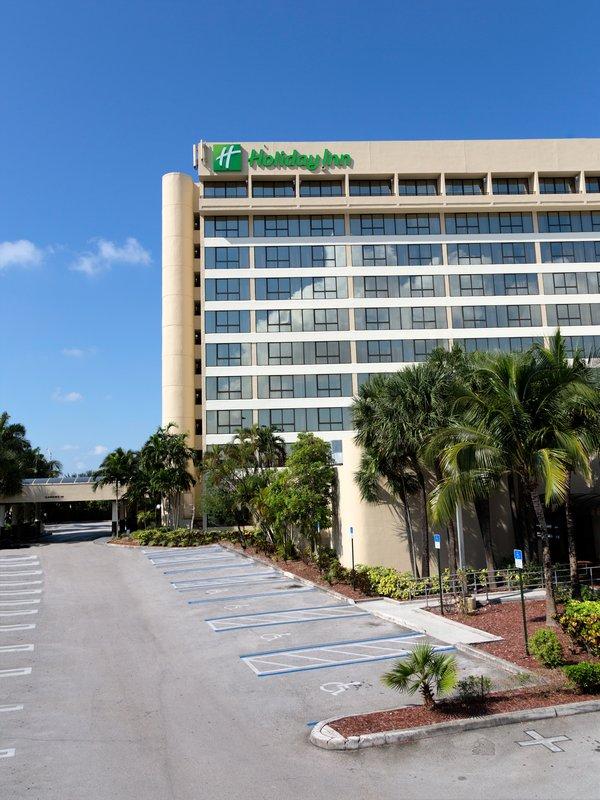 Howard Johnson Plaza Hotel Miami Airport, FL