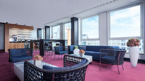 InterContinental BERLIN - Exclusive Club Lounge above the city s rooftops