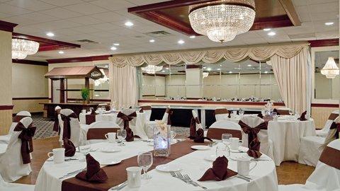 Holiday Inn CONCORD DOWNTOWN - Wedding Reception in Grand Ballroom