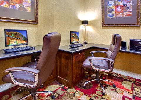 Holiday Inn Hotel & Suites ANAHEIM - FULLERTON - Our spacious Business Center