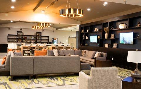 Holiday Inn Alexandria - Downtown - Lobby