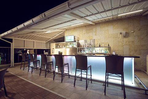 Capilla Del Mar - Capilla del Mar Hotel Pool Bar