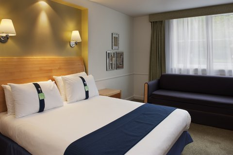 Holiday Inn GLOUCESTER - CHELTENHAM - Family Room with sofa bed for up to 2 children
