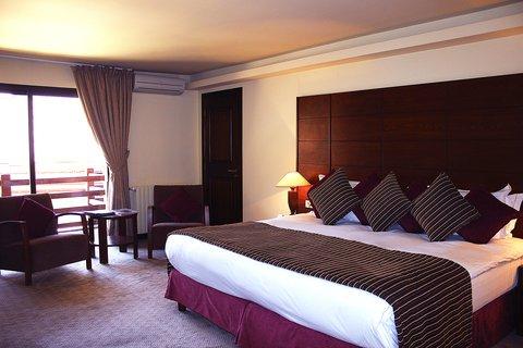 玛加尔黎巴嫩青山温泉度假洲际酒店 - Premium Room
