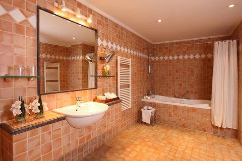 玛加尔黎巴嫩青山温泉度假洲际酒店 - Guest Bathroom