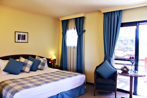 玛加尔黎巴嫩青山温泉度假洲际酒店 - Deluxe Room