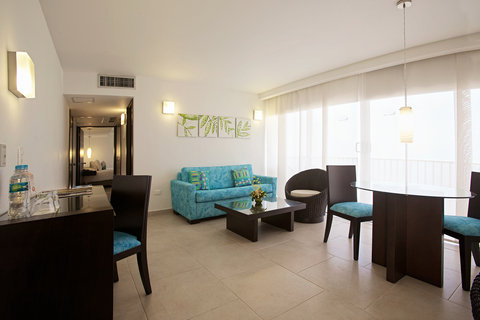 Capilla Del Mar - Capilla del Mar Hotel Junior Suite Living Room