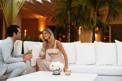 Beloved Playa Mujeres by Excellence Group - All Inclusive - Lounge