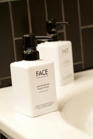 Scandic Rubinen - Bathroom Face