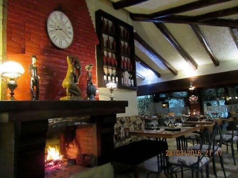 Hotel Casa Joaquin - La Petite Mariscal restaurant