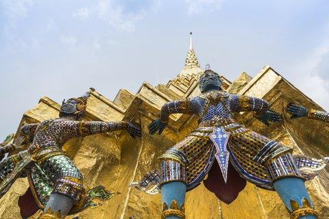 Holiday Inn Express Bangkok Sathorn - Attractions - Garuda decoration at Temple of the Emerald Buddha