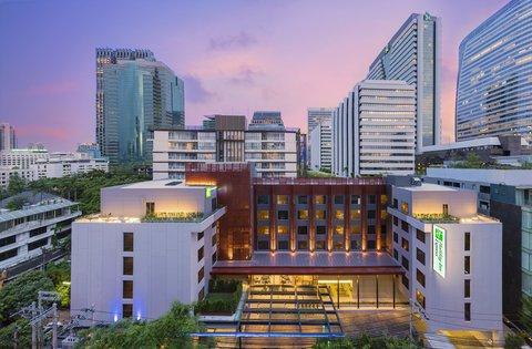 Holiday Inn Express Bangkok Sathorn - Holiday Inn Express Bangkok Sathorn - Exterior Photo