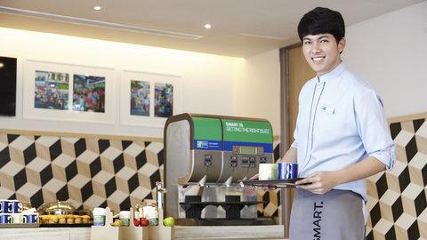 Holiday Inn Express Bangkok Sathorn - Free Express Start Breakfast buffet daily at Great Room