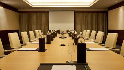 Holiday Inn COCHIN - Conference Room