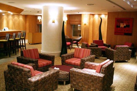 فندق هوليدي ان كريستال - Star Corner