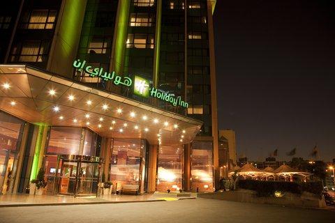 فندق هوليدي ان كريستال - Exterior Feature