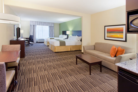 Holiday Inn Express & Suites HUNTSVILLE WEST - RESEARCH PK - Double Queen Suite