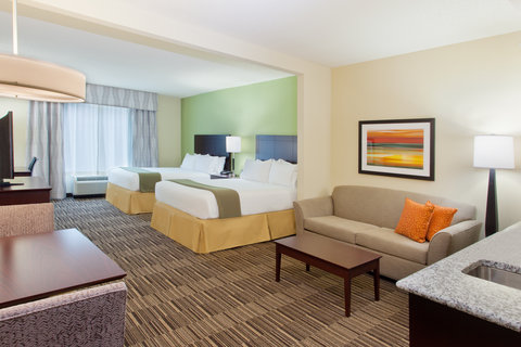 Holiday Inn Express & Suites HUNTSVILLE WEST - RESEARCH PK - ADA Handicapped accessible Double Queen Suite