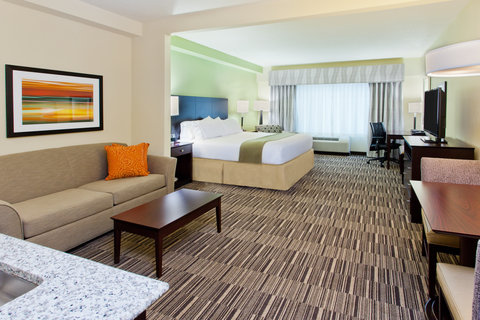 Holiday Inn Express & Suites HUNTSVILLE WEST - RESEARCH PK - ADA Handicapped accessible King Suite