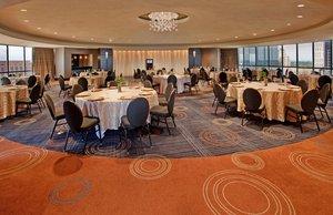 Meeting Facilities - Crowne Plaza Hotel Kansas City