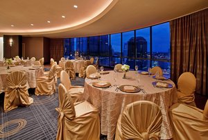 Ballroom - Crowne Plaza Hotel Kansas City
