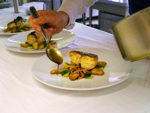 Le Chateau de Sable Hotel - Cuisine