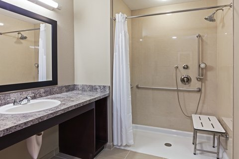 Holiday Inn Express & Suites GLENPOOL-TULSA SOUTH - 2 Queen ADA Roll-In Shower
