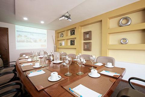 Capilla Del Mar - Capilla del Mar Hotel Meeting Room