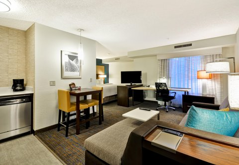 Residence Inn by Marriott Jacksonville Airport - Studio Suite - Living Area