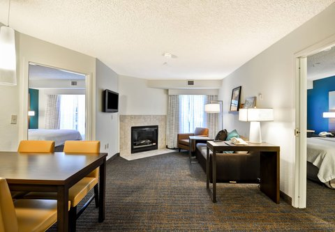 Residence Inn by Marriott Jacksonville Airport - Two-Bedroom Suite