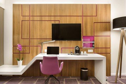 FourSide Hotel Braunschweig - Room4
